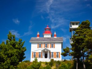 Yaquina Bay Lighthouse - Craig Tuttle