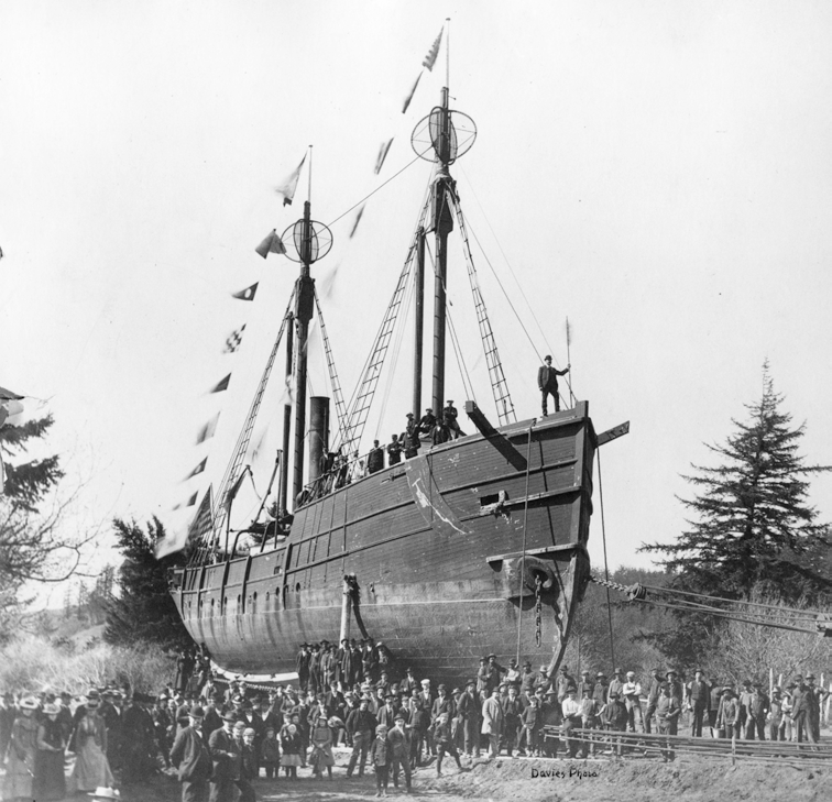 COURTESY COLUMBIA RIVER MARITIME MUSEUM 251-4814
